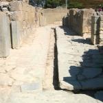 phaestos-korridor-41-mit-abwasserkanal-img_0841